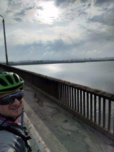 На велосипеде можно добраться до самых красивых мест в Днепре